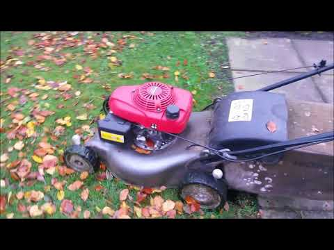 HOW to collect leaves with a lawn mower.(Some TIPS to make life EASYIER)
