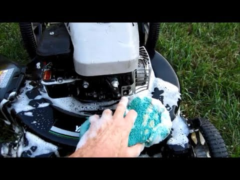 Yard Machines Lawn Mower 4HP B&S - How To Clean/Wash Lawn Mowers After Repaired - Sept 25, 2013